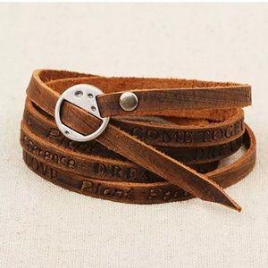 🔹Free Spirit Leather Wrap Boho Bracelet